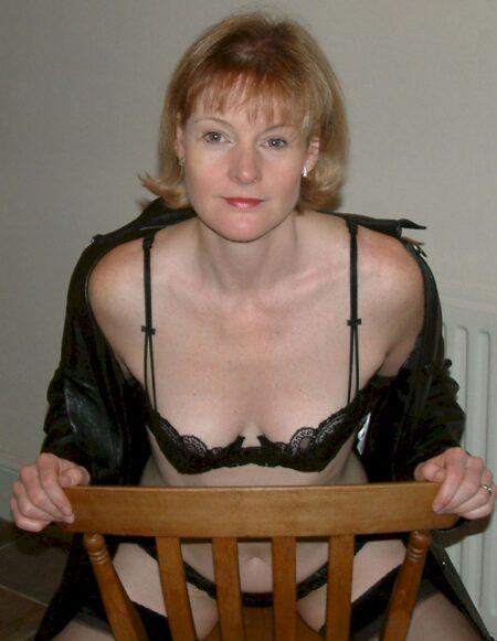 Femme cougar sexy cherche son libertin