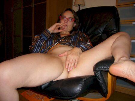 Femme cougar sexy seule depuis peu