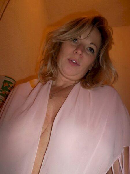 Passez un rendez-vous chaud avec une femme libertine